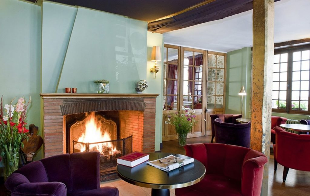 Salon de l'hotel restaurant du Tribunal
